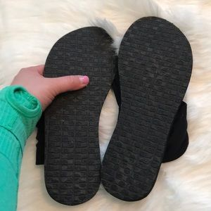 Sanuk Shoes - Sanuk NWOB sandals